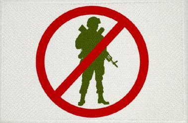 Aufnäher Patch Peace Motiv Nr. 3 Soldat 9 x 6 cm