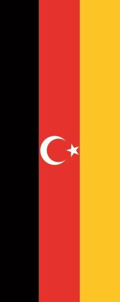 Flagge Deutsch Türken im Hochformat