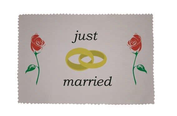 Glasreinigungstuch Just married rote Rosen