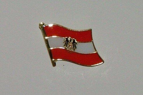 Pin Österreich mit Adler 20 x 17 mm