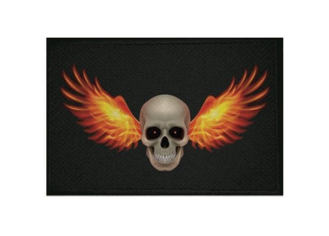 Aufnäher Patch Pirat Totenkopf mit Feuerflügel  9 x 6 cm